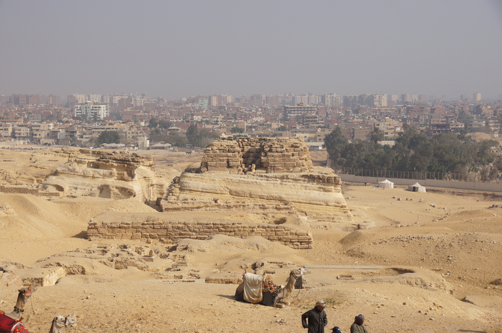 Central Field (Hassan): Site: Giza; View: G 8310, G 8400, G 8402, G 8404, G 8406, G 8408